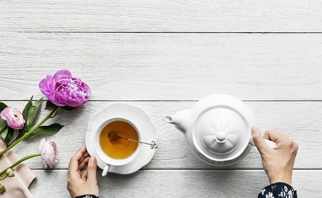 8 Ways To Get The Benefit Of Tea In Your Skin Care Routine