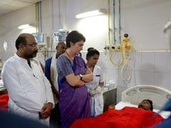 Priyanka Gandhi Meets Victims Of Sonbhadra Massacre In Varanasi Hospital