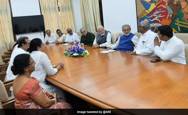 Trinamool Delegation Meets PM Modi, Demands Steps To Rename West Bengal