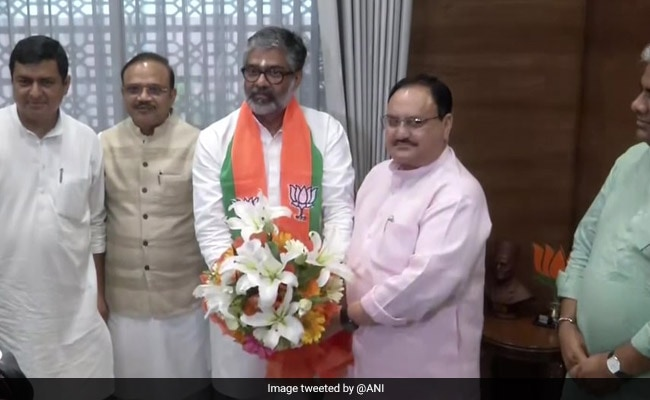 Neeraj Shekhar, Ex Samajwadi, Joins BJP Hours After Meeting PM Modi