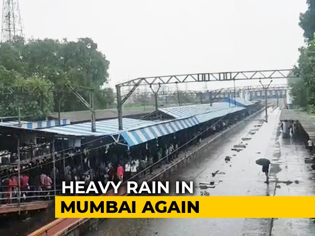 Video : Heavy Overnight Rain In Mumbai, Tracks Flooded, Trains Delayed