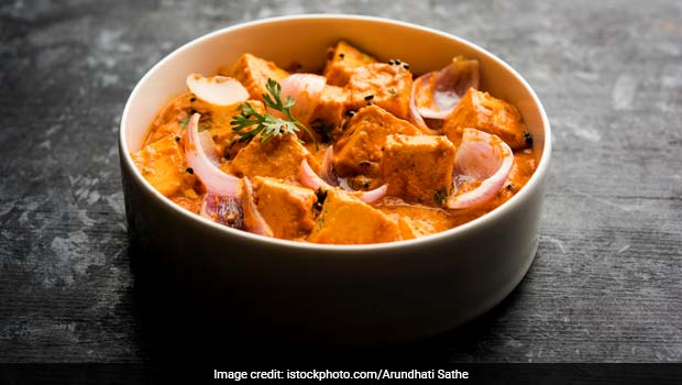 Indian Cooking Tips: How To Make Restaurant-Style Paneer Pasanda At Home (Watch Video)