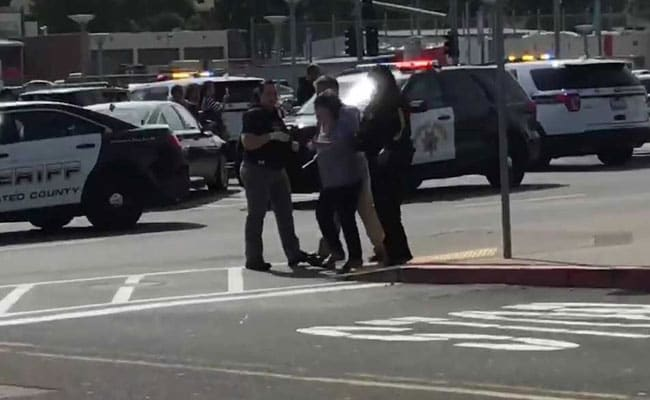 Two Shot, 2 Others Hurt In San Francisco-Area Shopping Mall