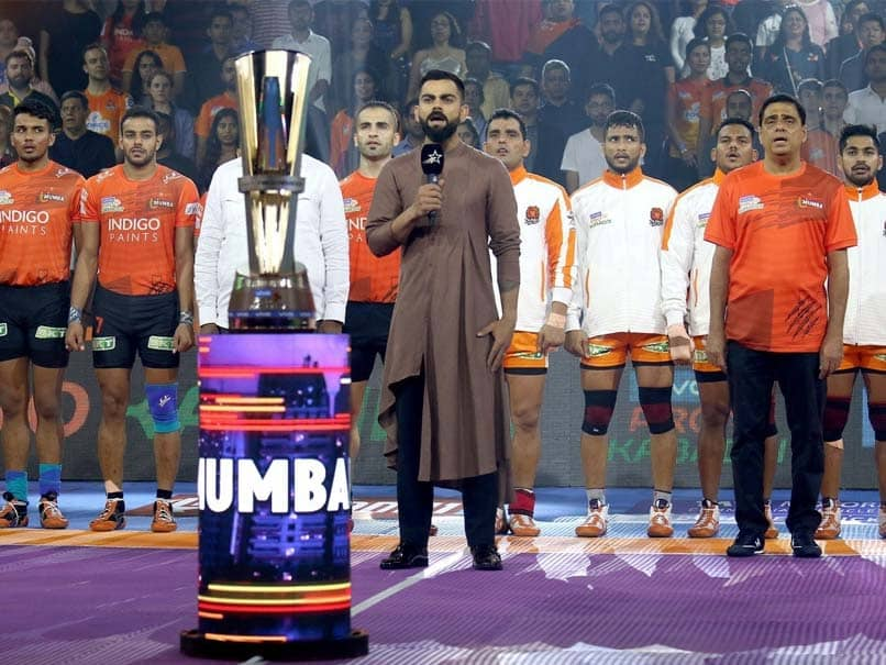 Virat Kohli Sings National Anthem Ahead Of Pro Kabaddi League Match, Twitter Loves It