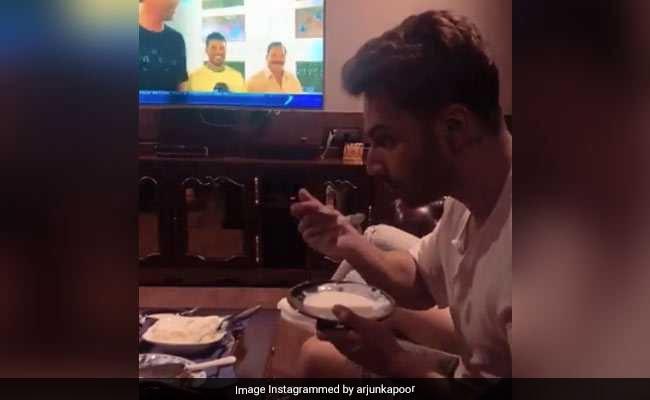 Arjun Kapoor Calls Varun Dhawan 'Sweet Like Vanilla.' Ice Cream Involved