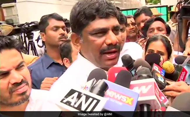 'They Have Mumbai Police Protection': Karnataka Minister's Crisis Theory