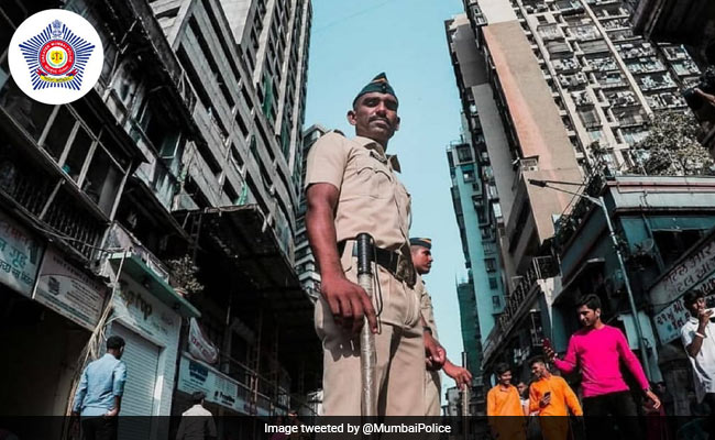 Lockdown: With Doordarshan Show Titles, Mumbai Police Spreads COVID-19 Awareness