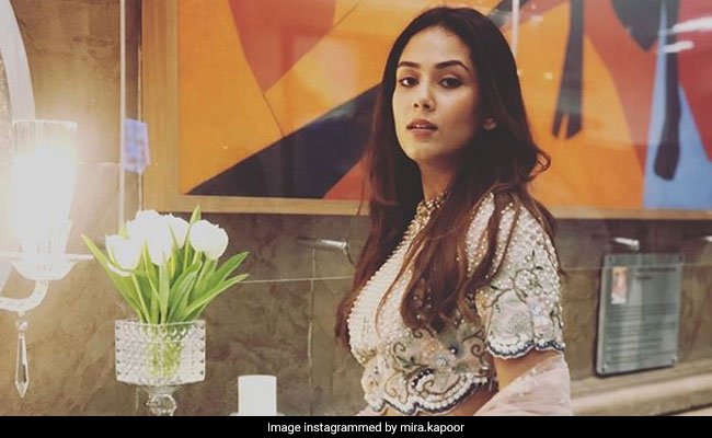 Janhvi Kapoor's Reaction To Mira Rajput's Summer Wedding Lehenga Is All Heart