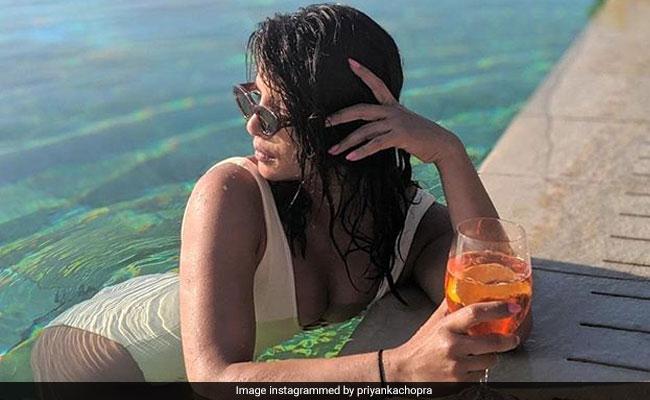 Priyanka Chopra's Uber-Glam Swimsuit Pics Are Trending, Courtesy Nick Jonas