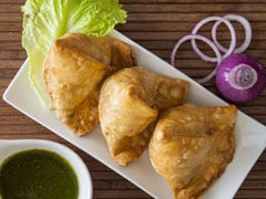 5 Quirky Variations Of Samosa You Must Savour This Monsoon