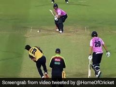 वर्ल्ड कप के बाद डिविलियर्स ने दिखाए तेवर, छक्कों को देख गेंदबाजों ने पकड़ लिया सिर, देखें VIDEO