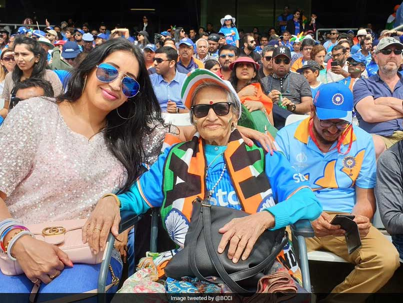 World Cup 2019: Charulata Patel reached the stadium to boost Indian team
