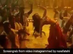 नोरा फतेही ने 'साकी-साकी' गाने पर यूं लगाए ठुमके, Video ने मचाई धूम