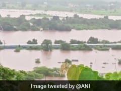 Mahalaxmi Express: बाढ़ में फंसी महालक्ष्मी एक्सप्रेस के सभी यात्रियों को सुरक्षित निकाला गया