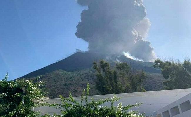 Volcano Eruption On Italian Island Of Stromboli Kills 1