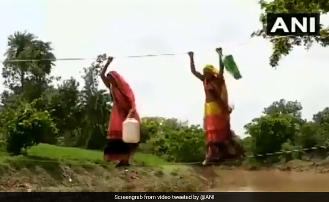 Watch: Residents Of Madhya Pradesh Village Cross River Stream With Ropes