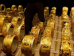 Gold Prices Decline On Weak Global Cues