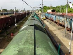 पानी की कमी से जूझ रहे चेन्नई को आज मिलेगी राहत, पानी लेकर पहुंचेंगी 50 वैगन ट्रेन
