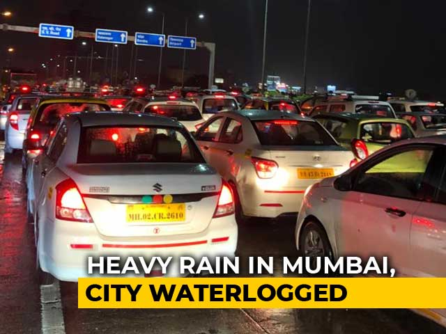 Video : 17 Flights Diverted, Traffic Jams In Mumbai After Very Heavy Rain