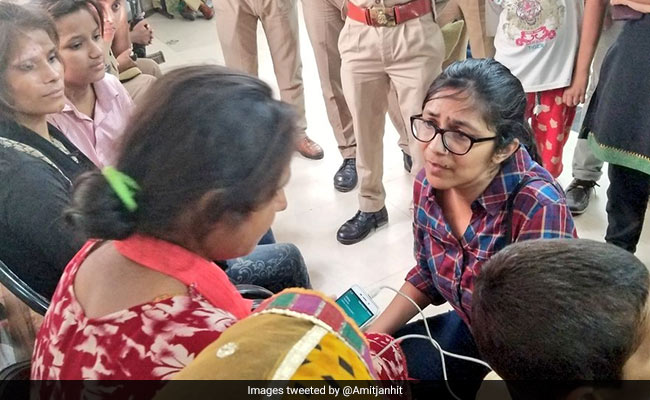 Delhi Women's Panel Chief Says Unnao Rape Survivor Should be Airlifted To Delhi
