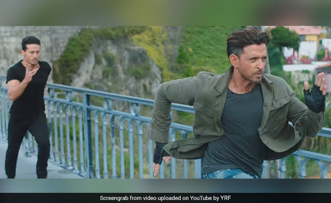 Hrithik Roshan Vs Tiger Shroff: War Begins With Epic Twitter Exchange And All Bets Are Off