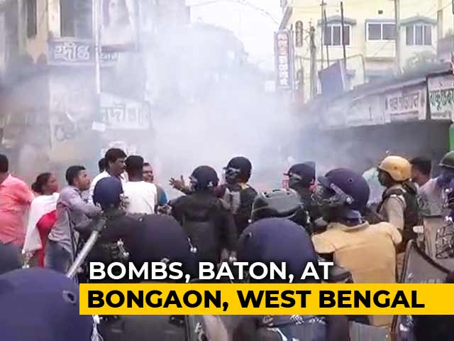 Video : BJP, Trinamool Supporters Clash In Bengal's Bongaon; Bombs Thrown In Front Of Cops