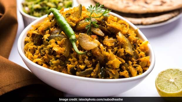 Jhunka (Zunka) Or Pithale: A Spicy Protein-Rich Desi Delight From Maharashtra (Video Recipe Inside)