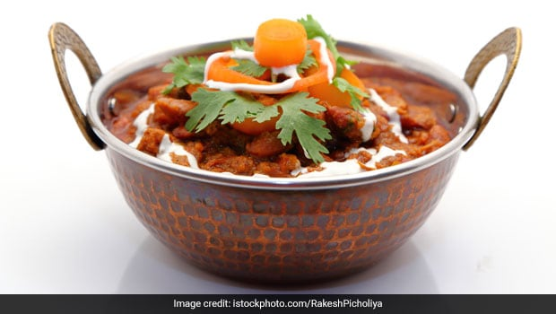 Get Your Fill Of Protein And Iron In A Single Dish - Chole Palak Sabzi (Recipe Video Inside)