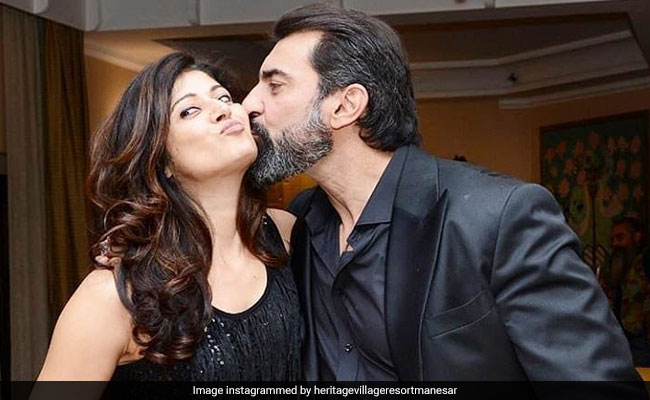 Pooja Batra Confirms She And Nawab Shah Are Married. Wedding Details Here