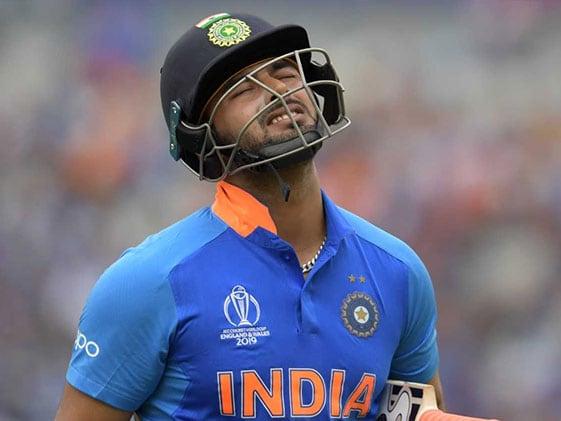 IND vs NZ: सेमीफाइनल में ऋषभ पंत की बैटिंग से निराश होकर केविन पीटरसन ने किया यह ट्वीट..