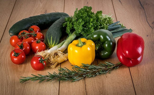 7 Ways To Wash Vegetables And Fruits And Keep Them Clean And Safe