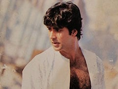 Akshay Kumar's Response To Fan Who Dug Out His Autographed Pic From 20 Years Ago