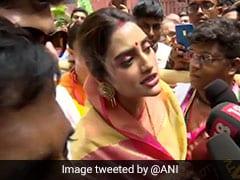 VIDEO: रथ यात्रा में पहुंची TMC सांसद नुसरत जहां बोलीं- दिल से मुस्लिम हूं, राजनीति और धर्म दोनों अलग-अलग हैं