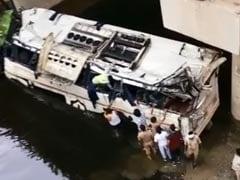 TOP 5 NEWS: कांग्रेस और JDS के सभी मंत्रियों ने दिया इस्तीफा और यमुना एक्सप्रेस वे पर हुई बस दुर्घटना में 29 की मौत