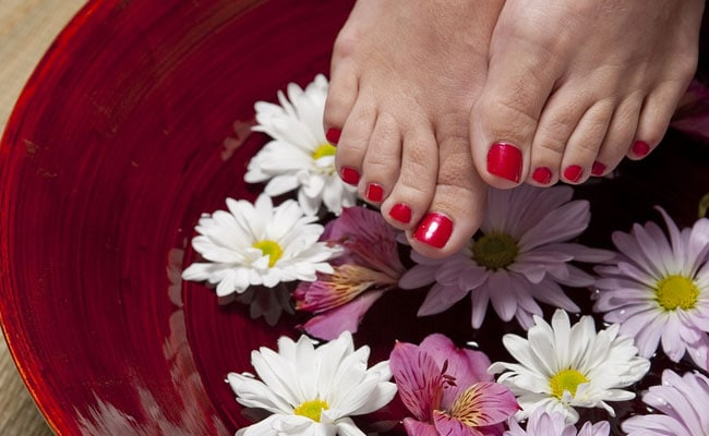 Keep Your Feet Nourished This Monsoon With These 7 Creams