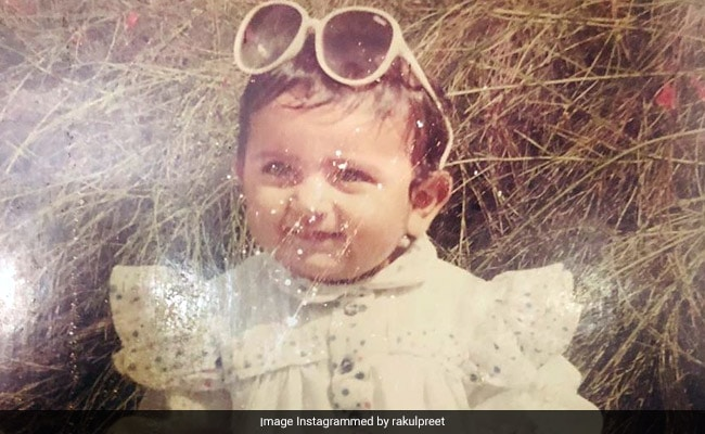 Can You Guess Who The Actress In This Throwback Pic Is?