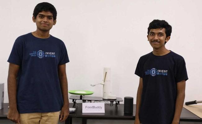 IIT Gandhinagar Students Develop 'Assistive Dining Device'