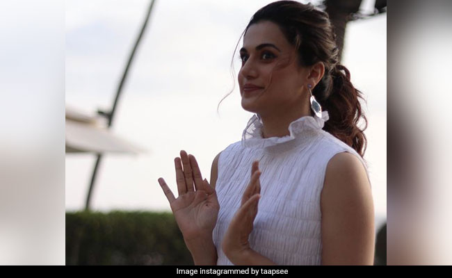Taapsee Pannu's Sarcastic Tweet Was Actually Insensitive, Says Twitter
