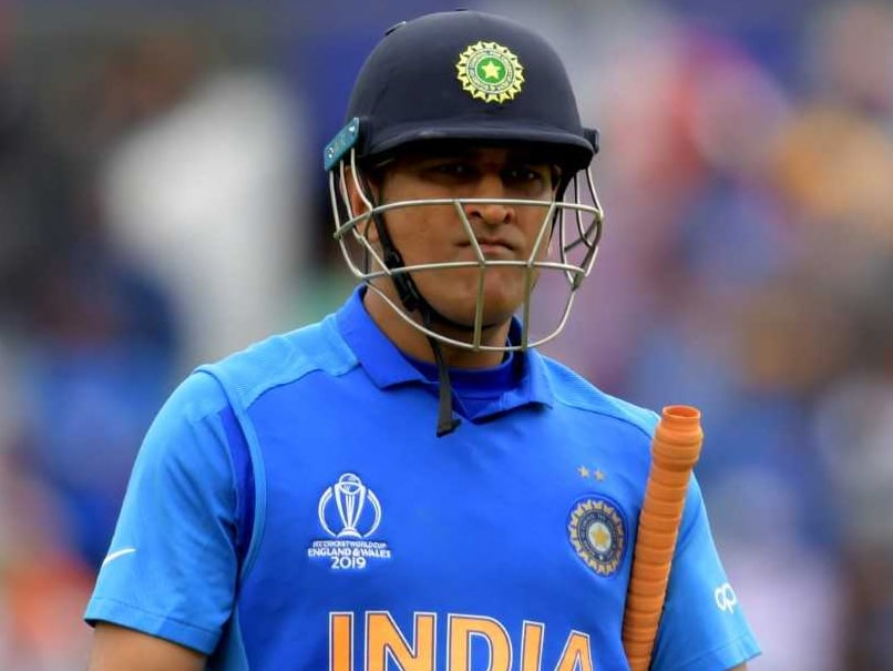 Dhoni pulls out of West Indies tour, to serve his military regiment