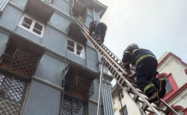 1 Dead In Fire At 4-Storey Building Near Taj Mahal Palace In South Mumbai