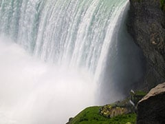 Man Survives 188-Foot Plunge Over Niagara Falls, Found Sitting On Rock Below