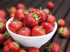 7 Ways To Pamper Your Skin With Enriching Strawberries
