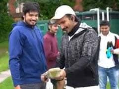 83 Video: रणवीर सिंह संग कर रहे थे ये क्रिकेट की प्रैक्टिस, टूट गया बैट तो साथी बोले- फौलाद की औलाद