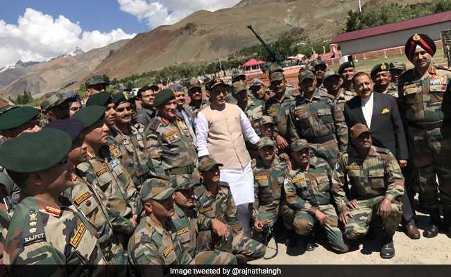 रक्षा मंत्री राजनाथ सिंह बोले, कश्मीर मुद्दा हल होकर रहेगा, धरती पर इसे कोई ताकत नहीं रोक सकती