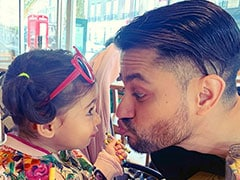 Inaaya Practices 'Pout' With Dad Kunal Kemmu. See Pic