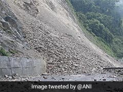 National Highway 10 Blocked, Heavy Traffic Jam After Landslides In Sikkim