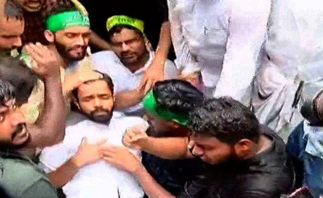 Students Try To Breach Kerala Secretariat As Cabinet Meet Was Underway