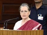 मोदी सरकार का नाम लिए बगैर सोनिया गांधी का वार, कहा- राजीव को विशाल बहुमत मिला था, लेकिन उन्होंने...