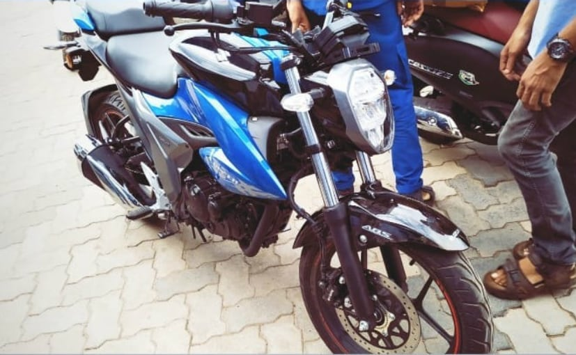 The 2019 Suzuki Gixxer will be launched soon and priced at around Rs. 1 lakh