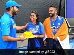 रोहित शर्मा ने मारा ऐसा छक्का कि चोटिल हो गई फैन, जीत के बाद दिया ये 'सरप्राइज'